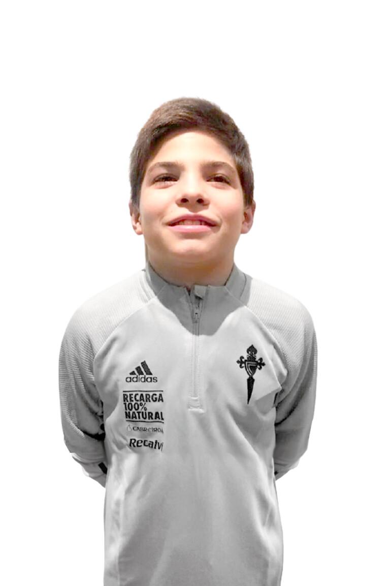 Imágen del jugador Óscar Rivera Casadella posando