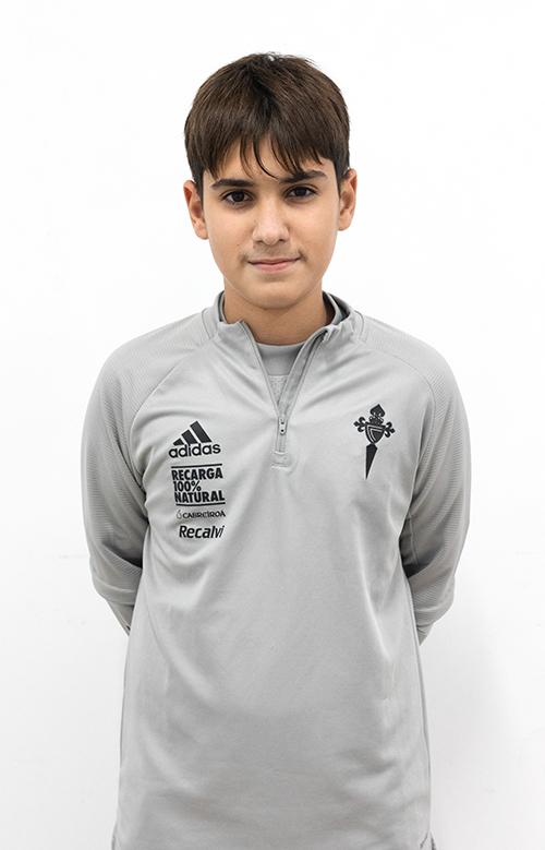Image of Lucas Fernández Vila player posing