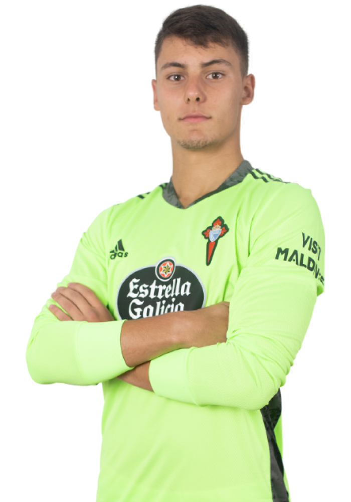 Imágen del jugador Iago Domínguez posando