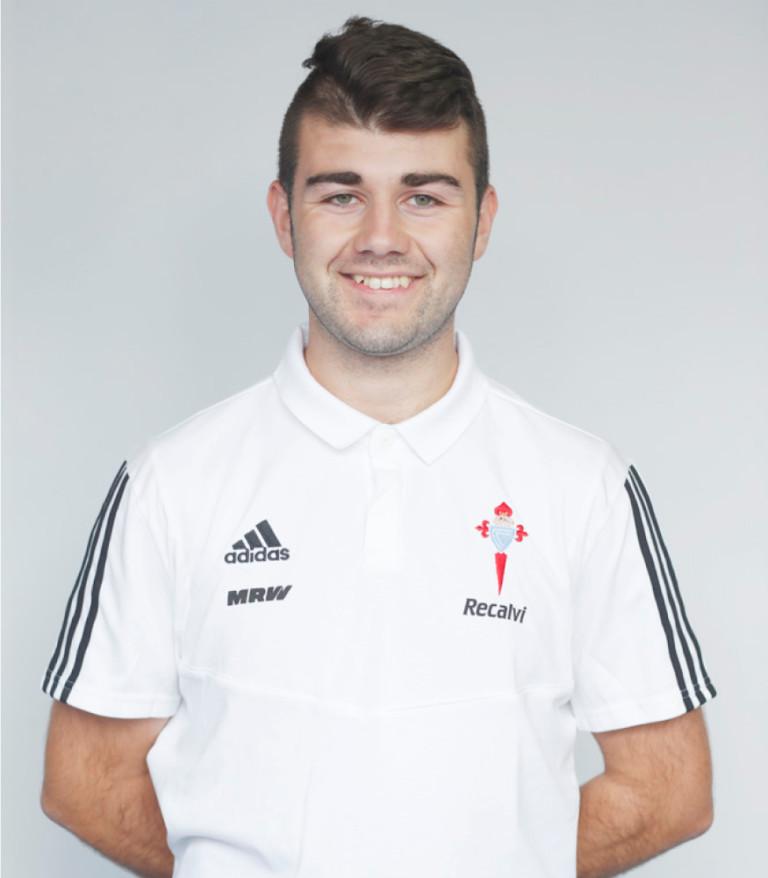 Imágen del jugador Iván Gómez posando