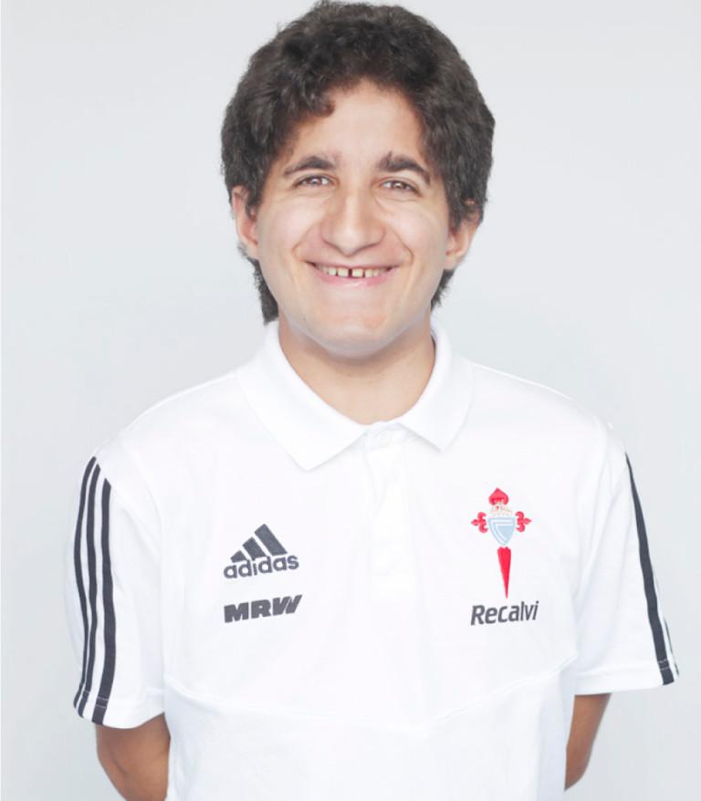 Imágen del jugador André Lorenzo posando