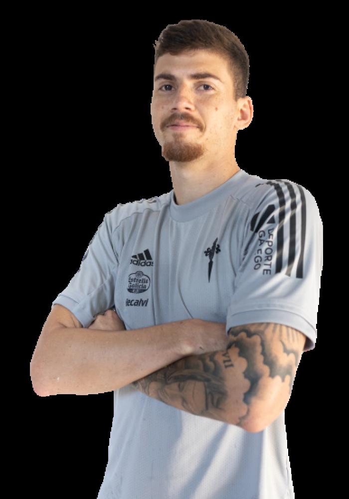 Image of Lucas Cunha player posing