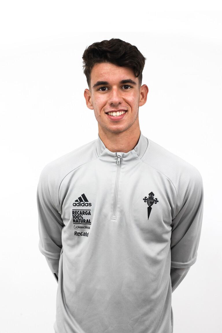 Imágen del jugador Santiago Prado Rodríguez posando