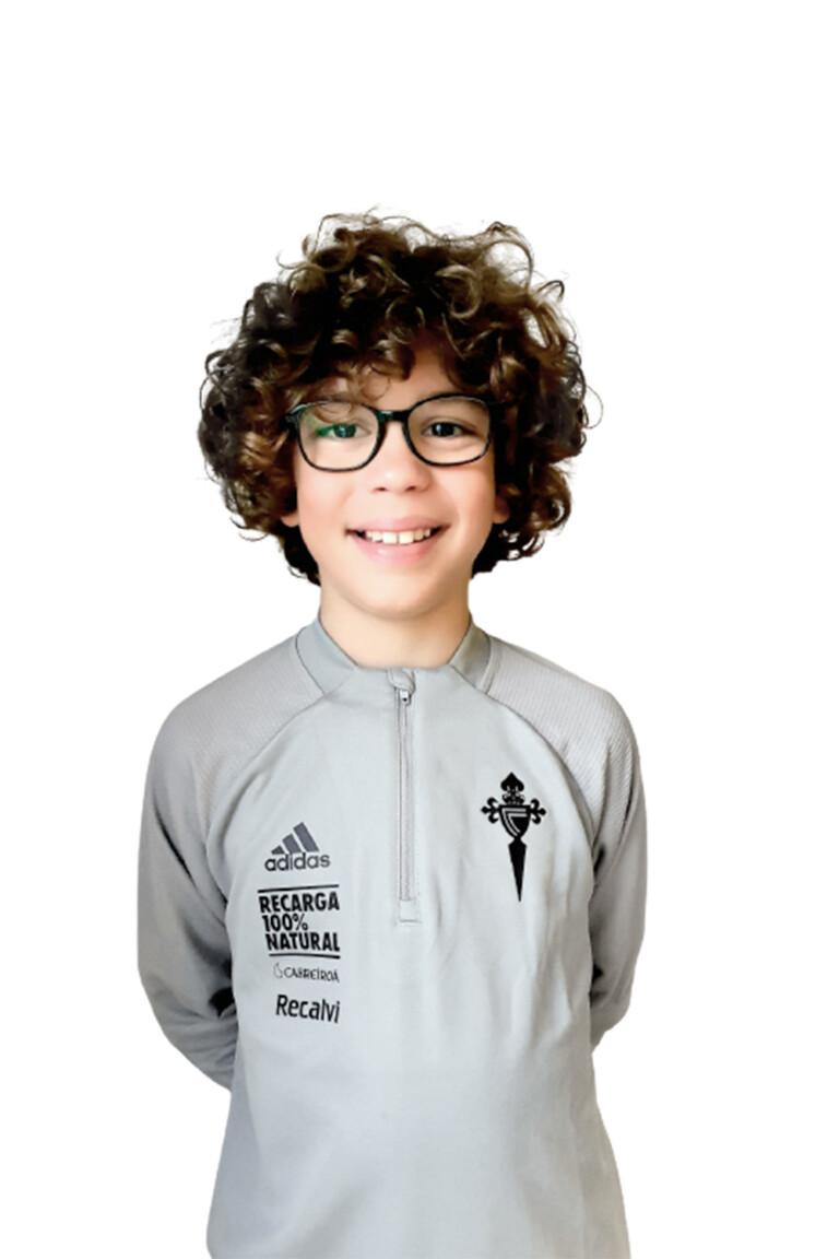 Imágen del jugador Iago Barredo Pérez posando