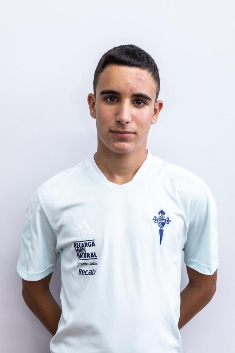 Imágen del jugador Marcos Sánchez Anta posando