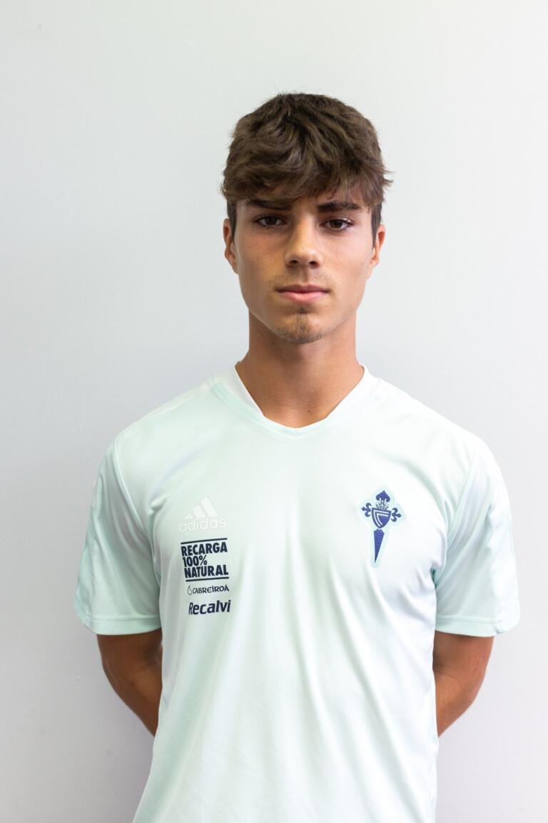 Imágen del jugador Miguel Conde Piñeiro posando