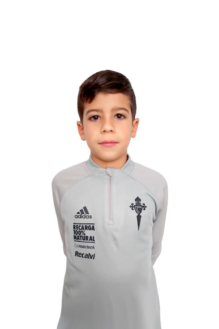 Imágen del jugador Nicolás Leiro Dantes posando