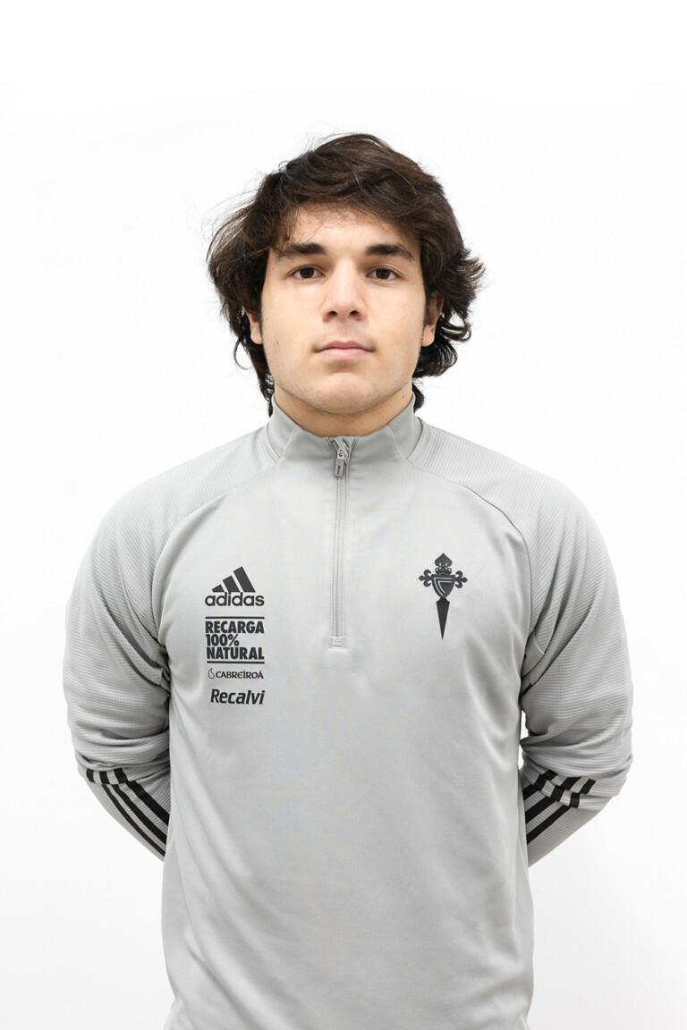 Imágen del jugador Pedro Rodríguez Vidal posando