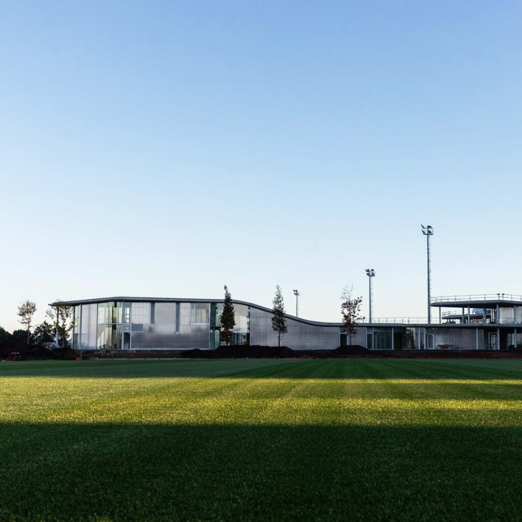 foto edificio nueva ciudad deportiva