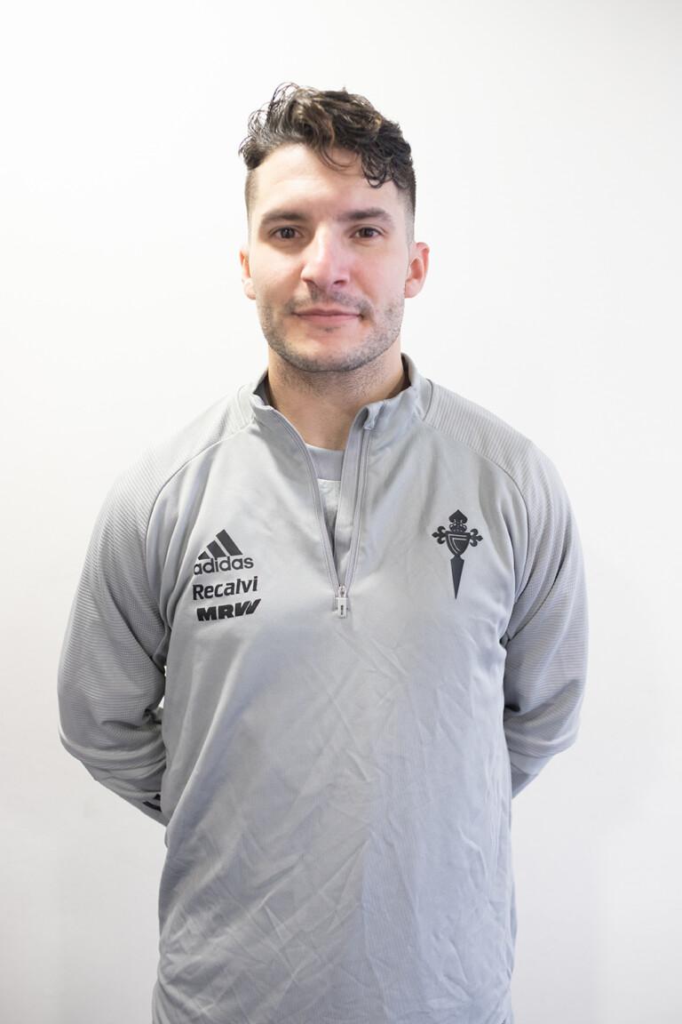 Imágen del jugador Christian Sanjuás Antón posando