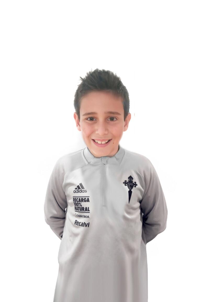 Imágen del jugador Yago Soage Corujo posando